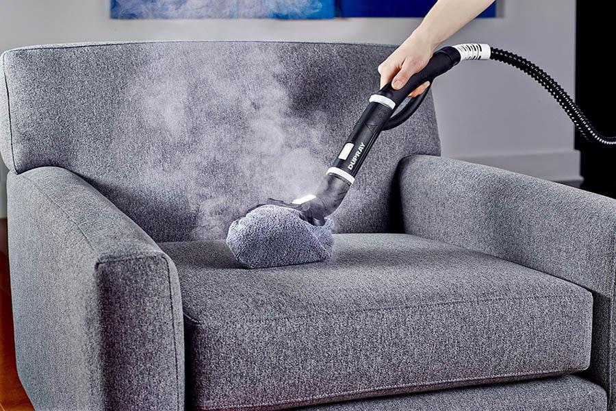 как часто требуется химчистка мебели в офисе
